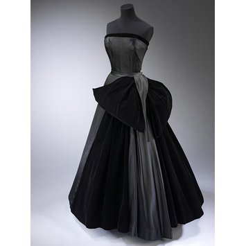 Christian DIor black swan gown